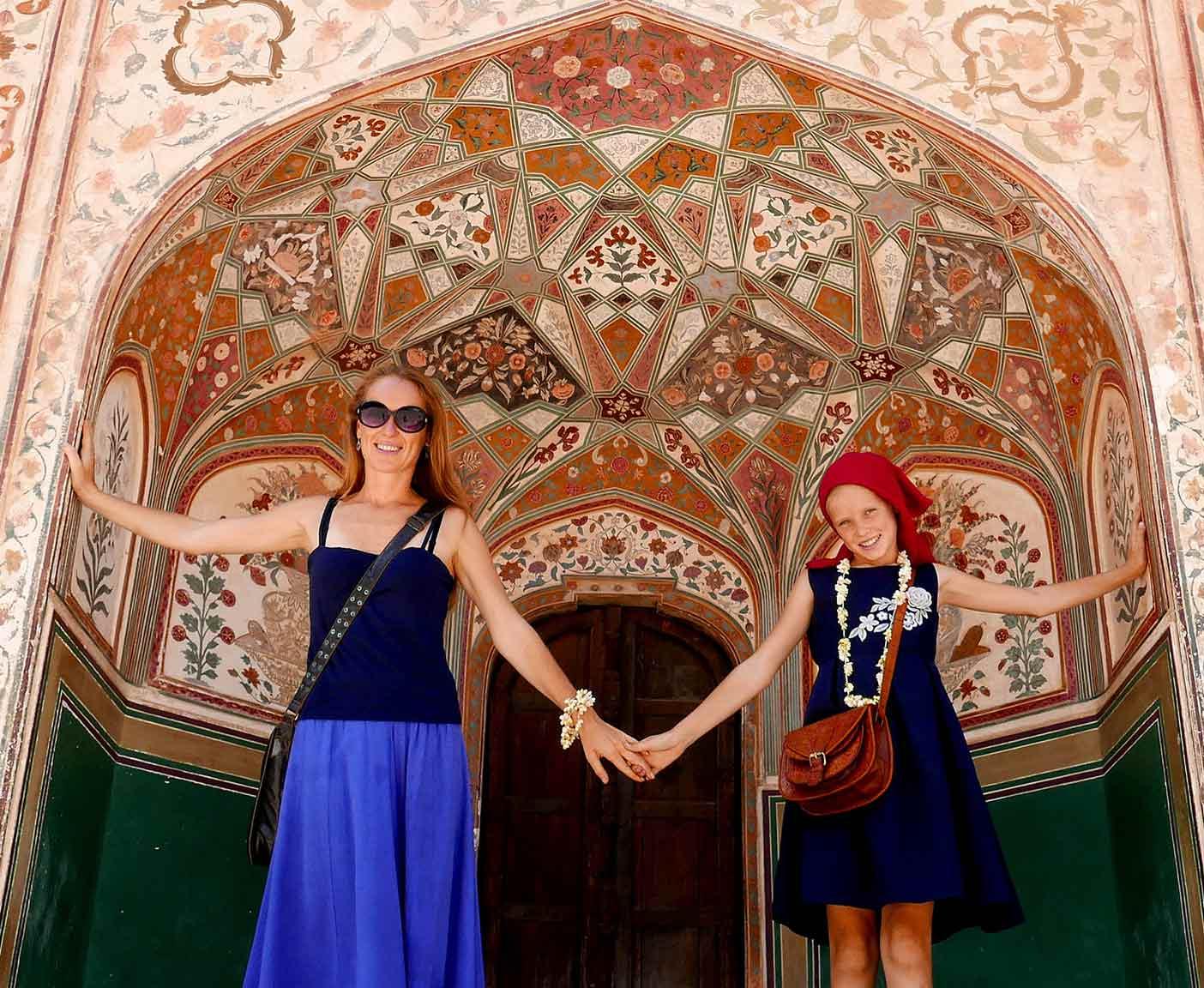 weltreise-mit-kind-schule-Jaipur-Janu-Tours-travel-films-bogdanova