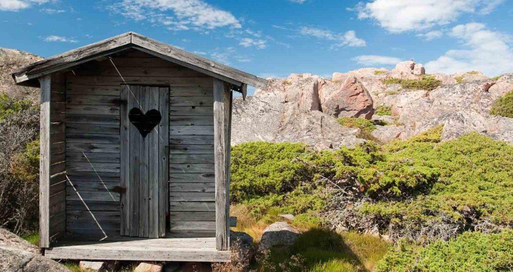 trockentrenntoilette-van-tiny-house--trockentoilette-trenntoilette-kompostklo-aussenklo