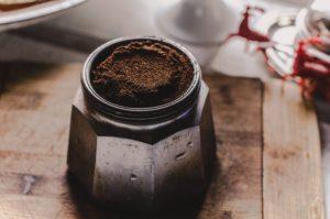 DIY-Kosmetik - Peeling - Kaffeesatz - Wachmacherpeeling - Bodyscrub