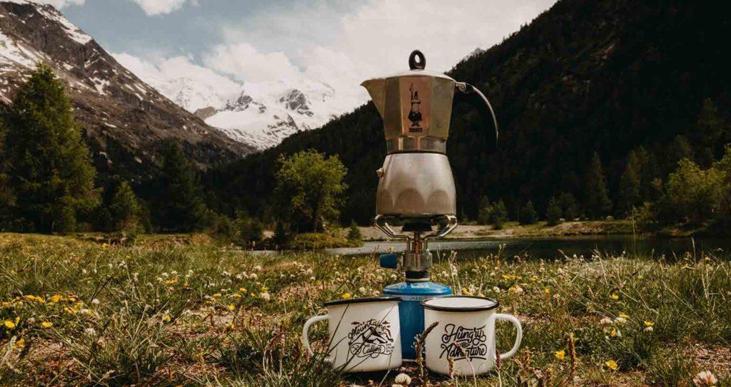 Peace Love Om Kaffee kochen unterwegs