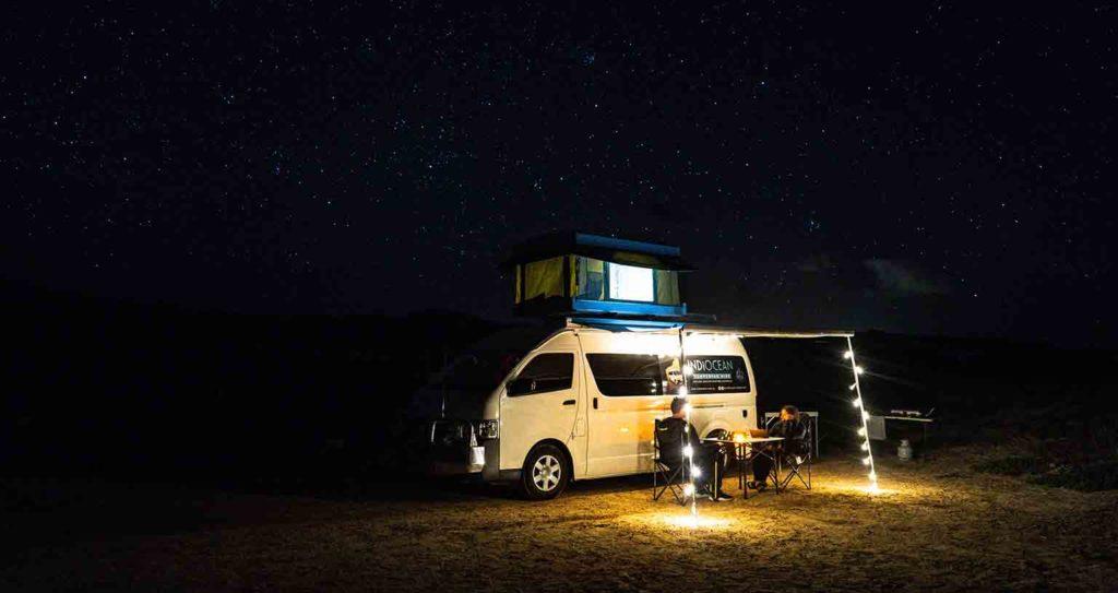 kostenlose Wohnmobil Stellplätze finden ohne App Nacht Campervan Sterne